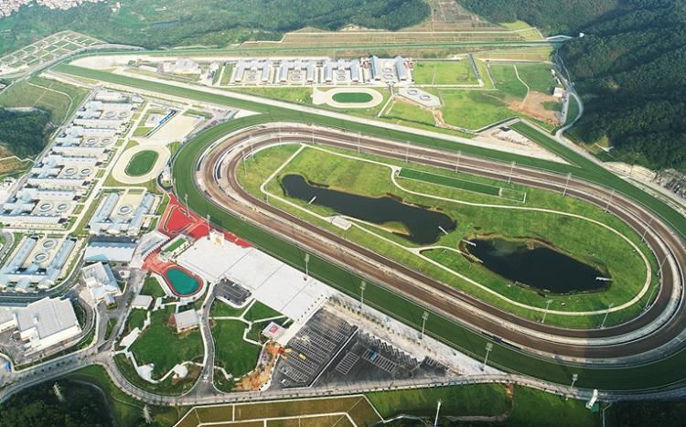 Conghua Racecourse [해외경마] 도박천국 홍콩의 경마 시즌 종료 8월 휴장! 경마장 소개