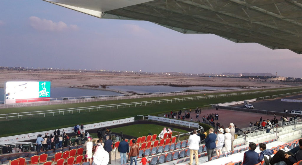 바레인경마 1024x562 중동의 파트3 경마국가 바레인의 첫 국제경마대회, 프랑스 원정마 우승