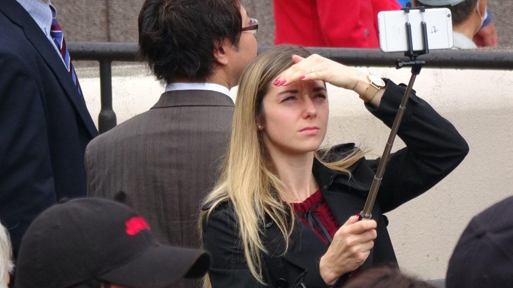 프랑스 여성기수 1024x576 프랑스 미녀기수 미카엘 미셸 JRA 면허취득? 일본 도쿄경마장 재팬컵 관전
