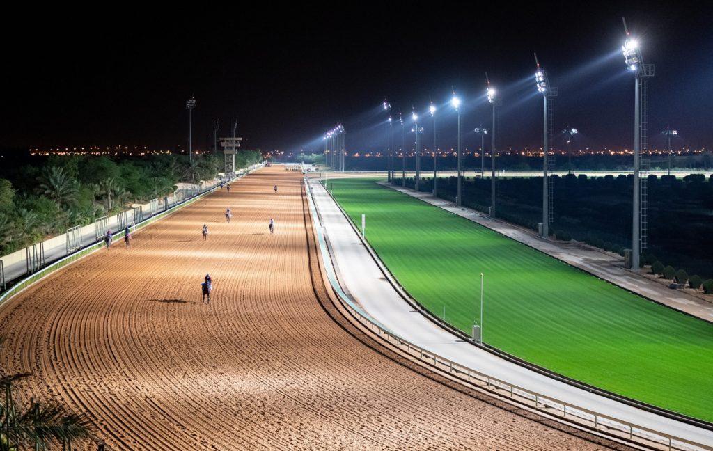 saudicup racecourse 1024x648 우승상금 120억원 사우디컵에 6전 무패의 일본마 크리소베릴 참전?
